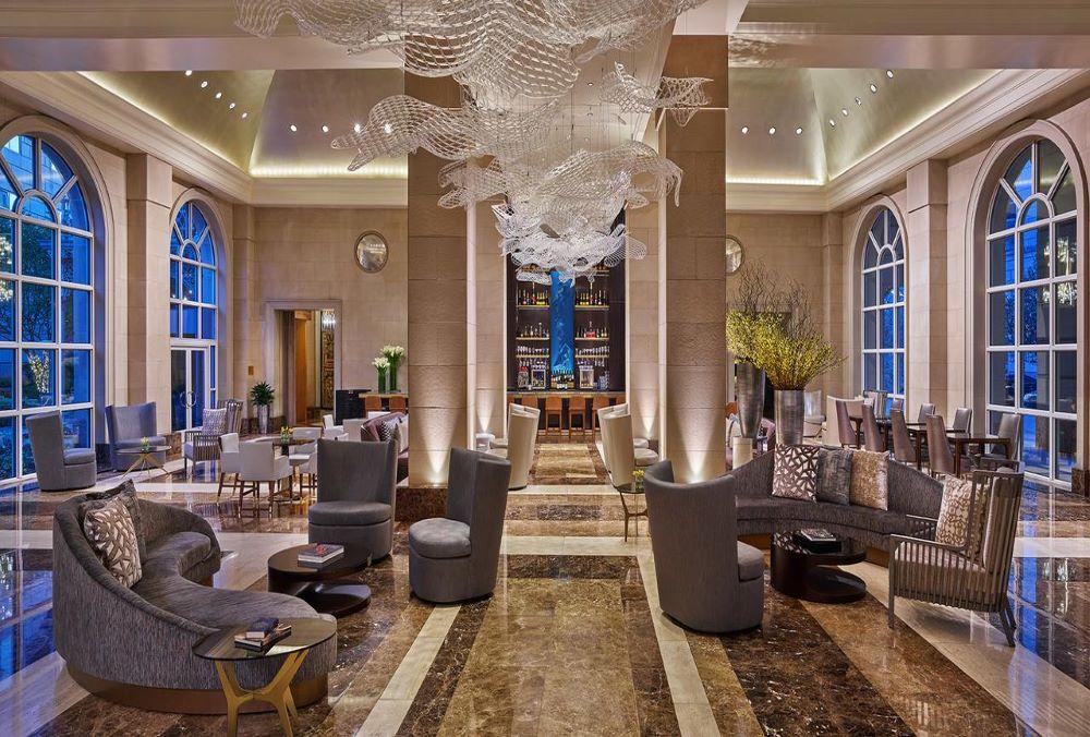 Hotel_Crescent_Court_Sabre_1000px676